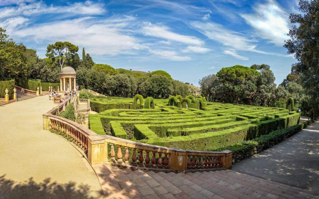 Парк «Лабиринт Орта» в Барселоне