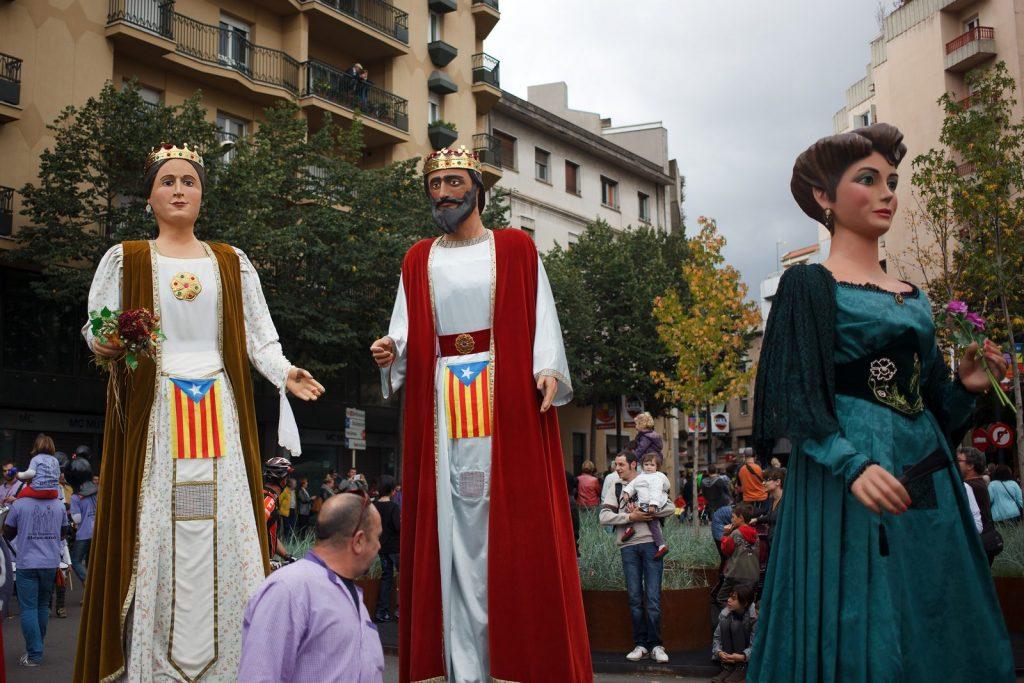 Шествие кукол-гигантов в Жироне