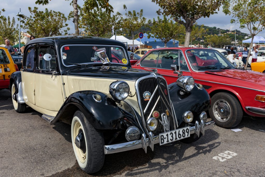 Vintage cars exhibition in Playa de Aro 2017