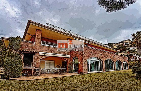 Casa de luxe en tres nivells, Santa Cristina d'Aro, Costa Brava