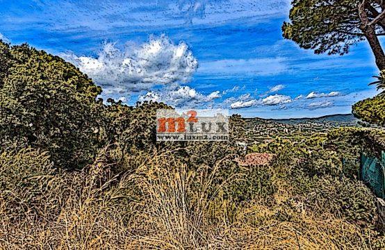 Plot of land in the urbanization Mas Palli, Calonge, Costa Brava, Spain.
