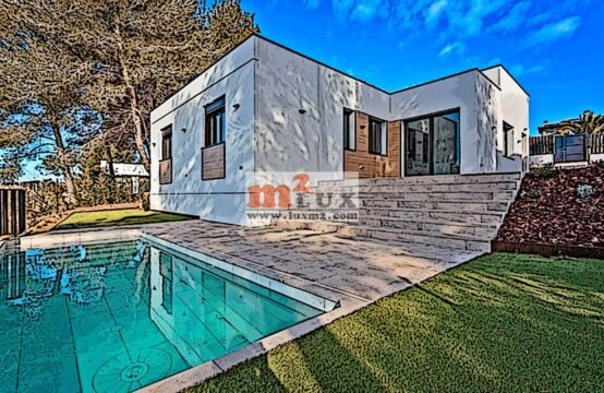 New modern house with 3 bedrooms in Santa Cristina de Aro, Costa Brava, Spain.