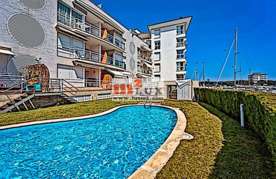 Apartament al club nàutic Platja d'Aro, Costa Brava.