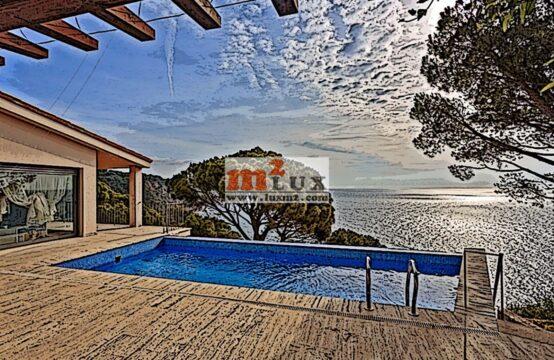 Casa amb precioses vistes al mar, Sant Feliu de Guíxols, Costa Brava.